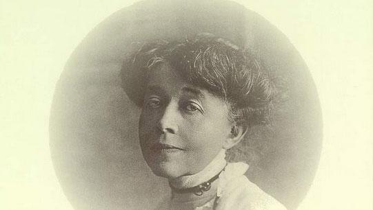 Ricarda Huch: deutsche Schriftstellerin und Historikerin (1864 - 1947). Die Schule wurde 1955 nach ihr benannt.