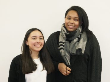 Unsere Schulsprecherinnen: Lea Woo & Jill-Ashley Kuhlen (EF)